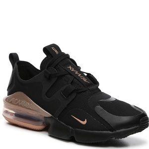 NIKE AIR MAX INFINITY Women's Sneaker